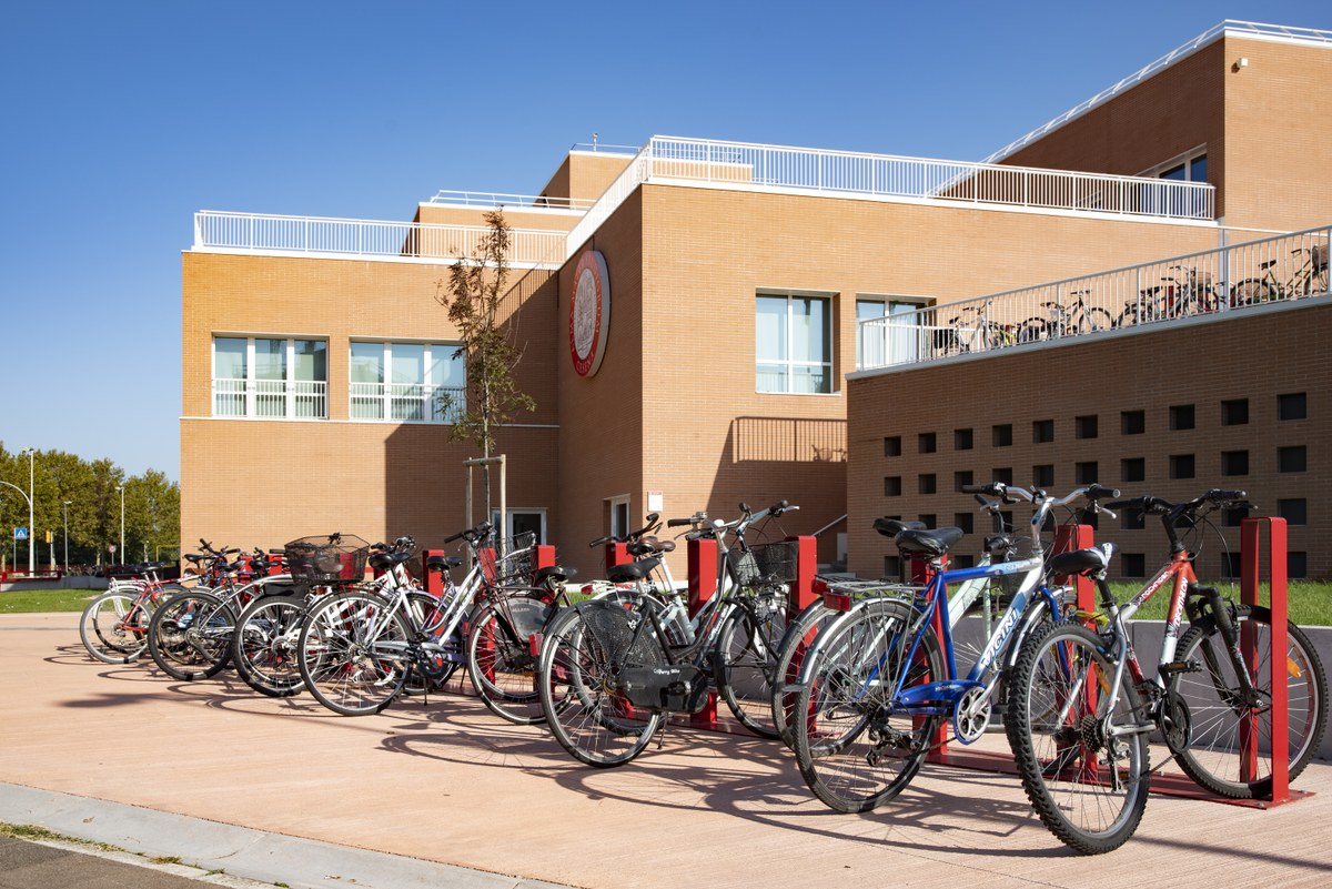 Bike to work: nel campus di Cesena partita la sperimentazione sulla mobilità ciclabile